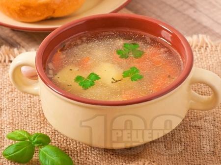 Постна зеленчукова супа с картофи, моркови, домати и ориз без застройка - снимка на рецептата